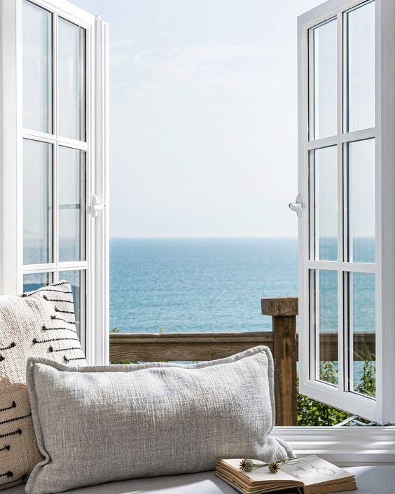 Holiday home interior design inspiration found on Pinterest